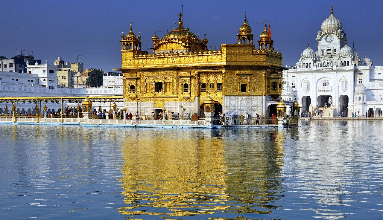 10 Best Beautiful Places to Visit in India