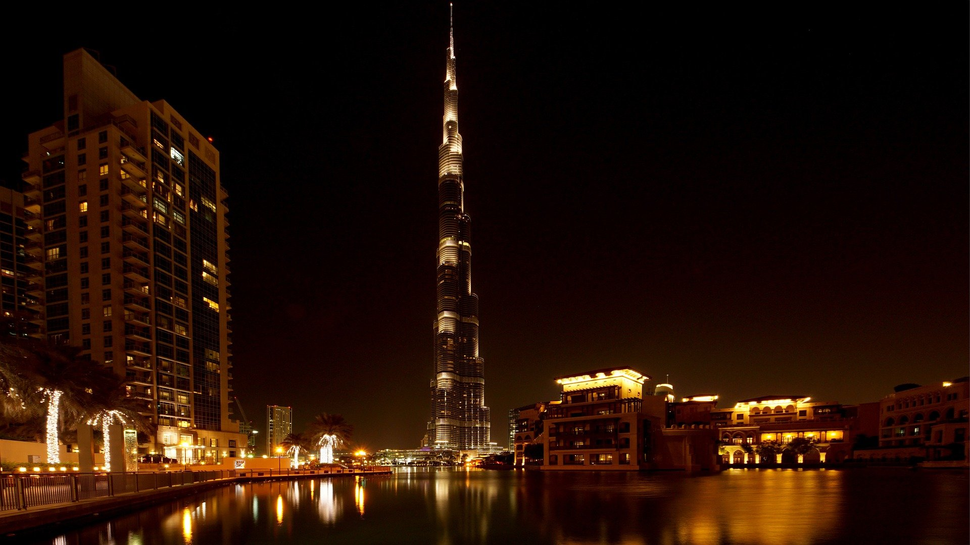 Interesting Fact About Burj Khalifa In Hindi